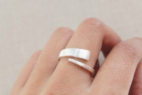 Sterling silver ring,simple ring,adjustable ring,open ring  I really like this