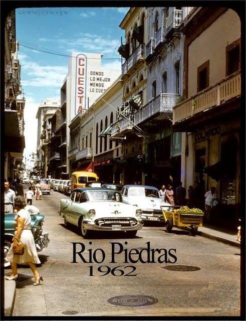 VINTAGE PHOTO / CALLE FORTALEZA SAN JUAN / PUERTO RICO / REPRINT / 1940's - 50's
