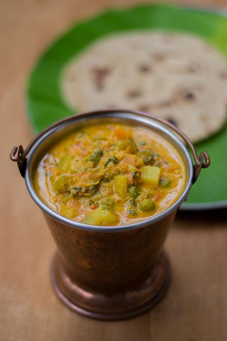 Recipe for Hotel Saravana Bhavan style Parotta Kurma. How to make South Indian…