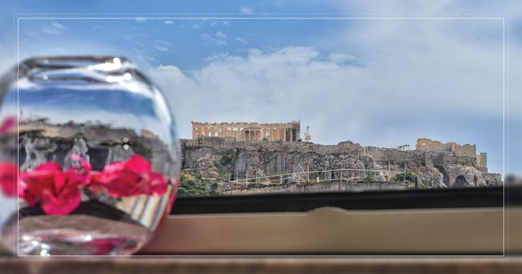 Touch Acropolis from your balcony.