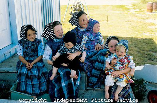 VH000018 - Hutterite children near Moose Jaw, Saskatchewan, Canada by Independent Picture Service, via Flickr