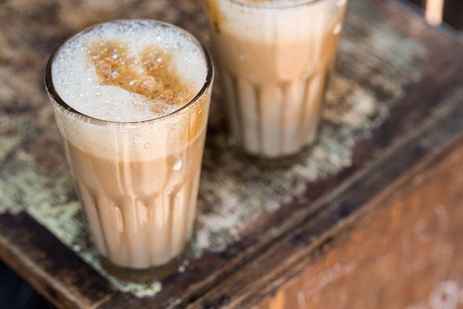 【スライドショー】インドの街角に定着したコーヒー - WSJ.com