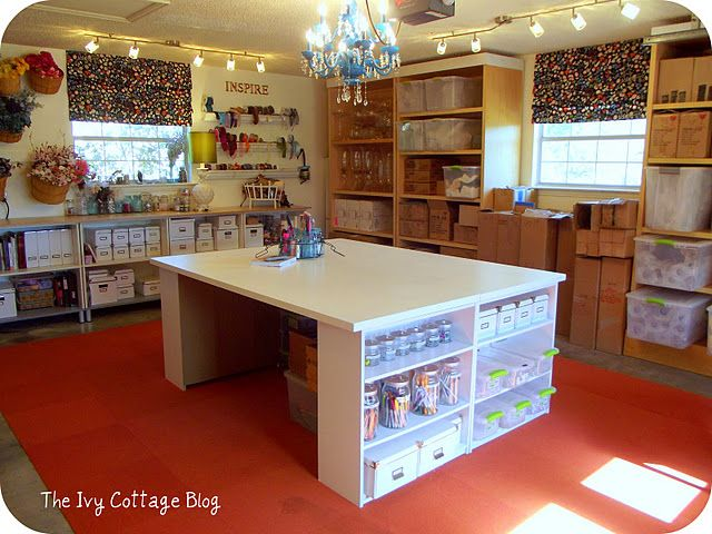 Craft room, Love the workspace!  via Ivy Cottage blog. My dream craft space!!!