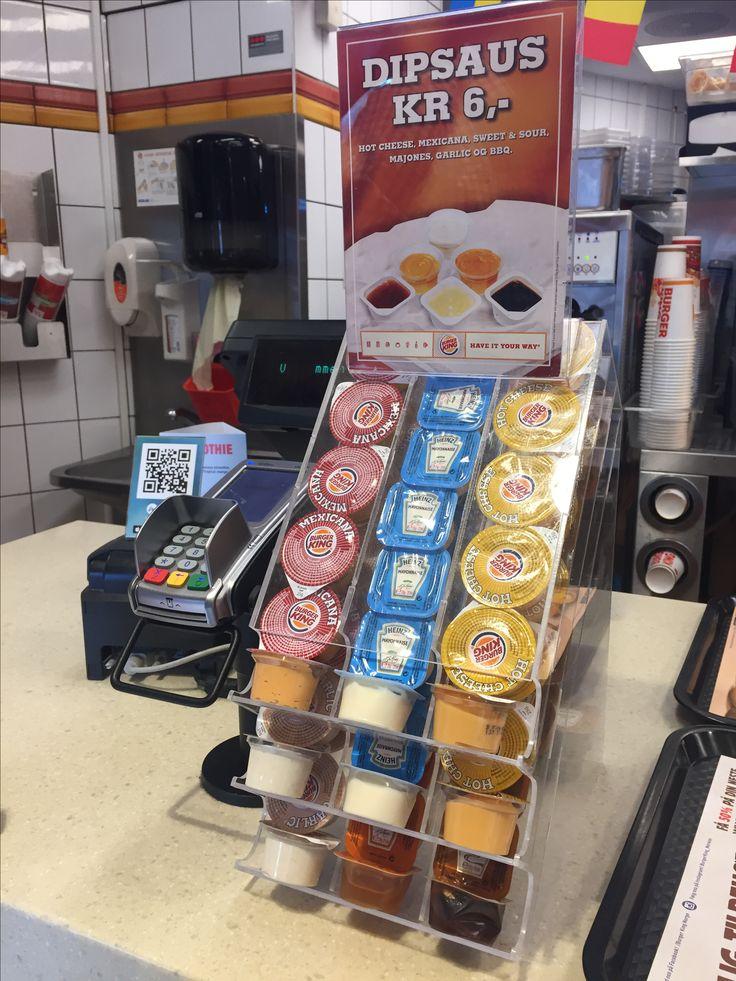 Saus-display på Burger King Ullevål stadion.
