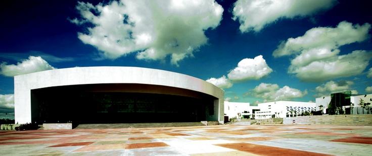 ARQA - Complejo Cultural Universitario Benemérita Universidad Autónoma de Puebla, México  http://www.arqa.com/?p=346252