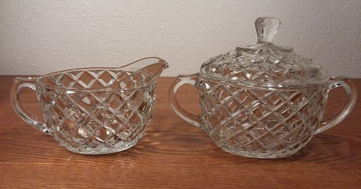 Anchor Hocking Creamer & Sugar Bowl With Lid In The Waterford Waffle Pattern #AnchorHocking #VintageDepressionGlass