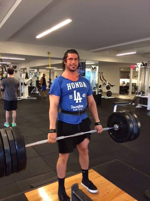 Eder Lopez, trainer at Equinox Los Angeles,  representing Honda of DTLA!
