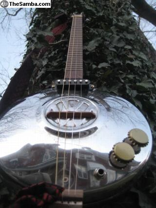 hub cap guitars   | ... :: VW Classifieds - Cigar Box Guitar [vw hubcap ] 4 string Lap Steel