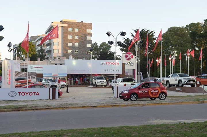 Acercate a nuestro stand de Pinamar en Av. Bunge e Intermédanos para realizar un test drive del Etios y enamorarte de tu primer Toyota.  Viví y comparti tus #momentostoyota #fashion #style #stylish #love #me #cute #photooftheday #nails #hair #beauty #beautiful #design #model #dress #shoes #heels #styles #outfit #purse #jewelry #shopping #glam #cheerfriends #bestfriends #cheer #friends #indianapolis #cheerleader #allstarcheer #cheercomp  #sale #shop #onlineshopping #dance #cheers #cheerislife…
