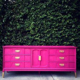 Hot pink furniture interior (39)