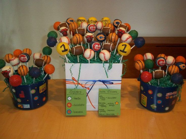 Chicago Sports Themed Cake Pops