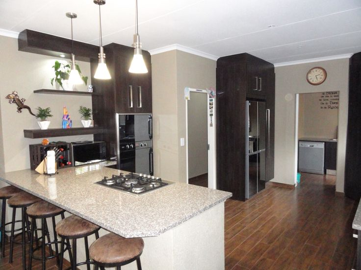 Renovated kitchen at one of my listings .....