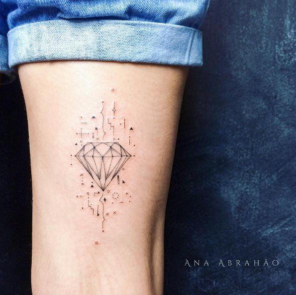 Diamond tattoo by Ana Abrahao