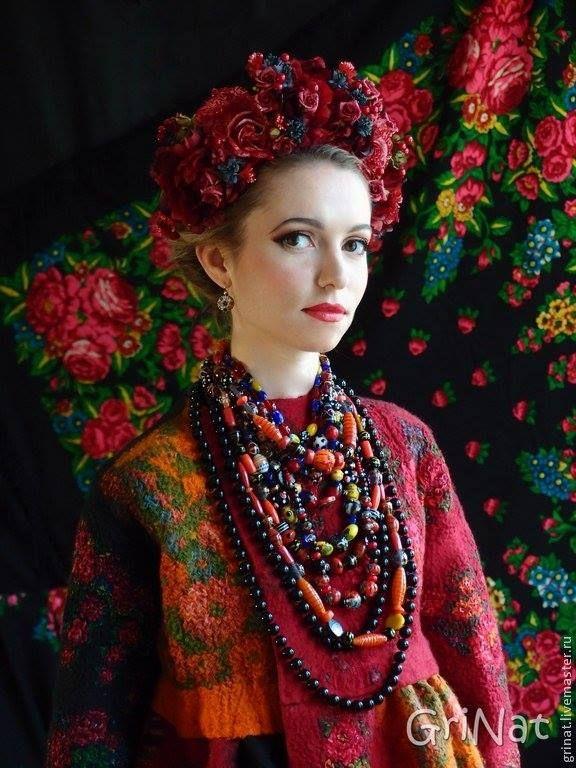 #Ukrainian #Style #Spirit of #Ukraine Красуня у чудовому жупані від української майстрині з золотими руками- Наталья Гришаева