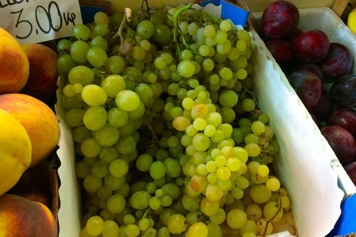 grapes at the market in rome in september