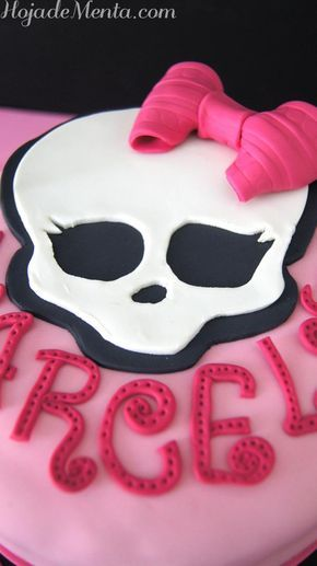 Tarta Monster High de chocolate para Hoja de Menta