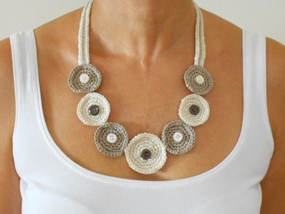 Beige crochet necklace with buttons Modern by PinkOliveGifts