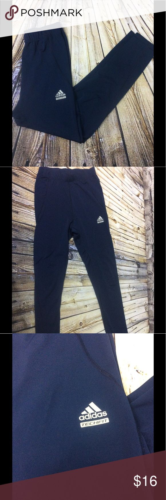 Adidas High Waist Leggings Running Tights High waist Women's adidas leggings or running tights size large. Has elastic waist, fabric is the thinner stretch type legging...so Greta for running etc. Navy blue, in good condition, light wear from use but no pilling. adidas Pants Leggings
