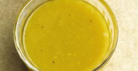 Vinaigrette με μέλι και μουστάρδα (85 kcal)