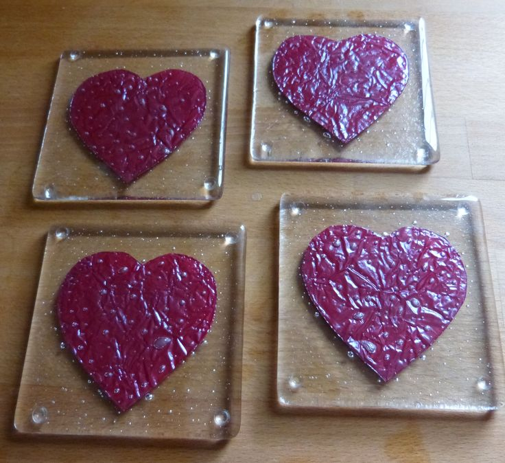 4 fused glass heart coaster: www.lowmarfusedglass.co.uk