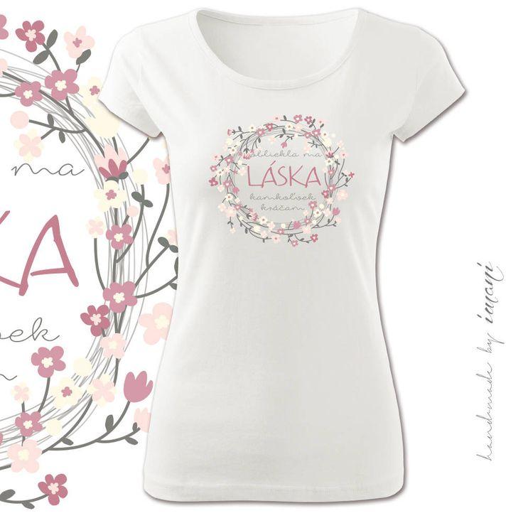 Tričká - Dámske tričko krátky rukáv OBLIEKLA MA LÁSKA - 5174544_