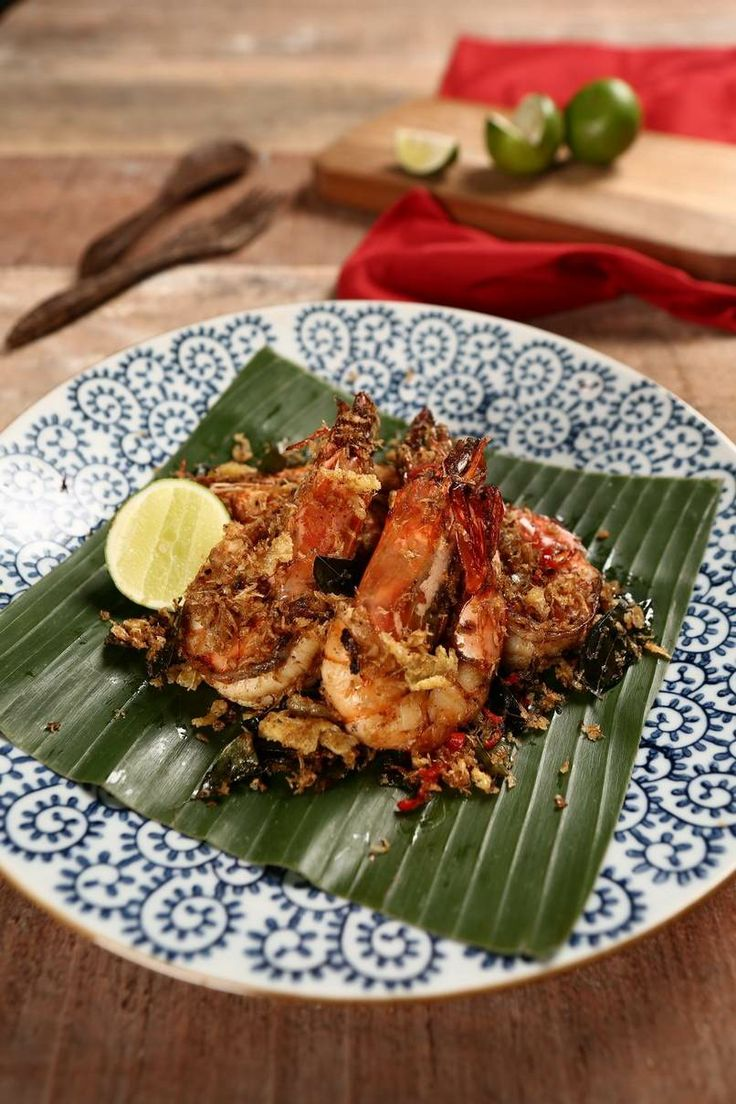 Meet our famous and delish Malay Butter Prawn! A big portion of special butter prawns that you can share with your friends! #food #delish #MalayButterPrawns