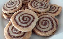 Aronia Pinwheel Cookies