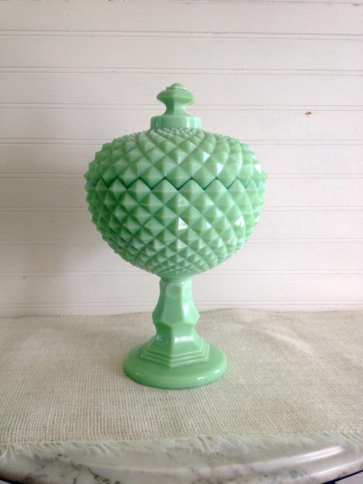 Jadite Glass Covered Compote / Candy Dish // Minty Condition