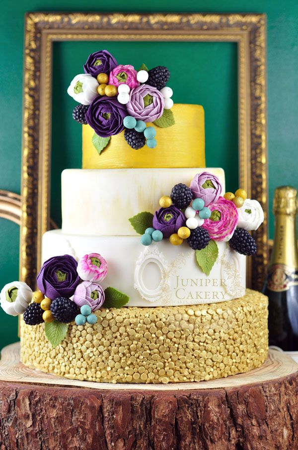 Cakes That Shine: Using Edible Glitter, Paint and Sparkle Dust