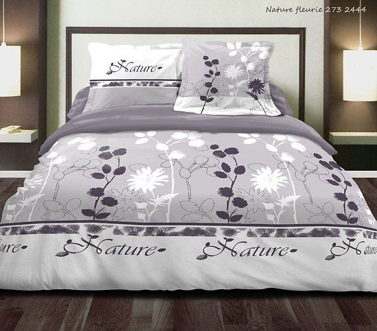 pr sente housse de couette et deux taies d 39 oreiller nature fleurie. Black Bedroom Furniture Sets. Home Design Ideas