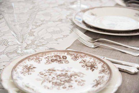 lekker brun #borddekking #vintage #table setting
