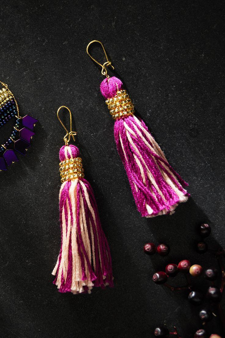 Tassel earrings www.panduro.com Jewellery by Panduro #jewellery #jewelry #earrings #smycken #örhängen #rocaille #rocailles #pärlor #beading #beads