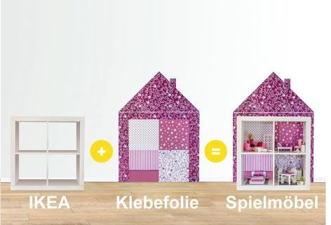 """#DIY für Ikea! Einfach das Regal Kallas bei Ikea kaufen (oder ihr habt noch ein Expedit Regal, was ihr dafür nutzen könnt) und die Wandtattoo-Folie """"Limmaland"""" an der Wand hinter dem Möbelstück ankleben – fertig ist eine schöne Puppenvilla, die jetzt nur noch eingerichtet werden muss. Super schön für Kinderzimmer! Die Wandtattoo-Folie bekommt ihr versandkostenfrei in unserem Shop: https://www.wie-einfach.de/cgi-bin/adframe/leben/ProductDisplay?PROD_ID=10000156&CAT1=leben&CAT2=kinder"""