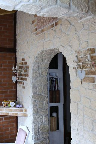 Kamyczek Producent Kamienia Dekoracyjnego Jesteśmy do Państwa dyspozycji pod nr. telefonu 798 526 647 lub drogą e-mail: biuro.kamyczek@onet.eu http://www.kamyczek.net.pl