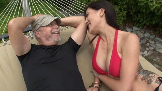 What makes certain Sugar Babies absolutely irresistible to Sugar Daddies?