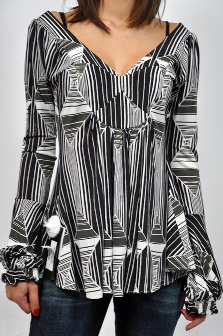 T-shirt manica lunga donna Class Roberto Cavalli, in bianco e nero, con collo a V