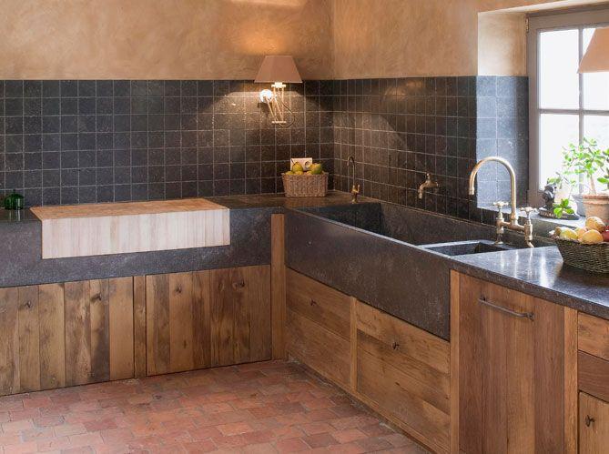 les 25 meilleures id es de la cat gorie maison pierre sur pinterest maison en pierre styles. Black Bedroom Furniture Sets. Home Design Ideas