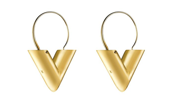 Louis Vuitton par Nicolas Ghesquière http://www.vogue.fr/joaillerie/shopping/diaporama/creoles-graphiques-boucles-d-oreilles-tendances/19855/image/1040564