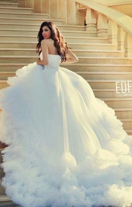 Самые шикарные свадебные платья в мире фото - http://1svadebnoeplate.ru/samye-shikarnye-svadebnye-platja-v-mire-foto-3672/ #свадьба #платье #свадебноеплатье #торжество #невеста