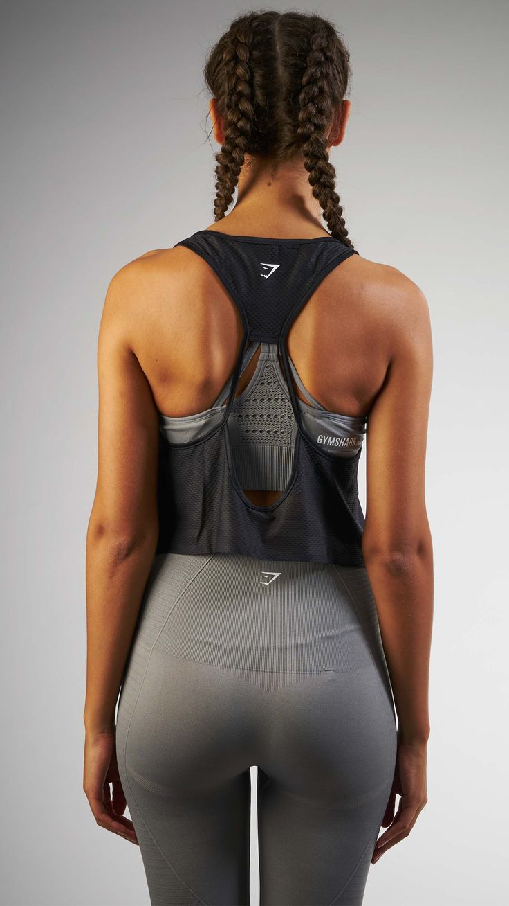 Fashion meets function with the Women's Cropped Tech Vest. Lightweight and durable, the Women's Cropped Tech Vest is perfectly ventilated for your comfort. http://www.99wtf.net/men/mens-fasion/fit-wearing-clothes/