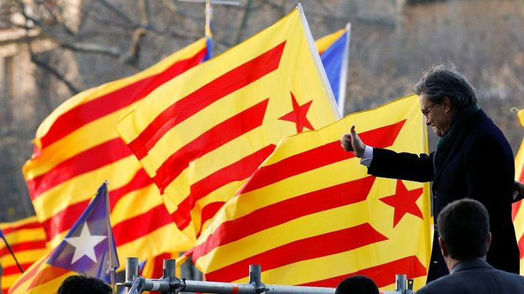 Catalogne : l'ancien président jugé pour avoir organisé une consultation sur l'indépendance