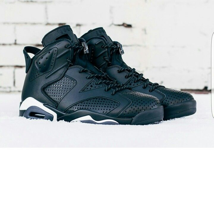 Air Jordan Shoes, Shoes Jordans, Nike Air Jordans, Men's Shoes, Sneaker  Heads, Blackest Black, Black Cats, Groom Shoes, Creepers