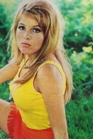 "OLGA SCHOBEROVÁ - OLINKA BEROVÁ - 1967. She's in LSD Crime movie ""DEATH TRIP"", ""The Fifth Horseman is Fear"" dark Czech​  comedy ""Who Wants to Kill Jesse"" & ""Formula 1"""