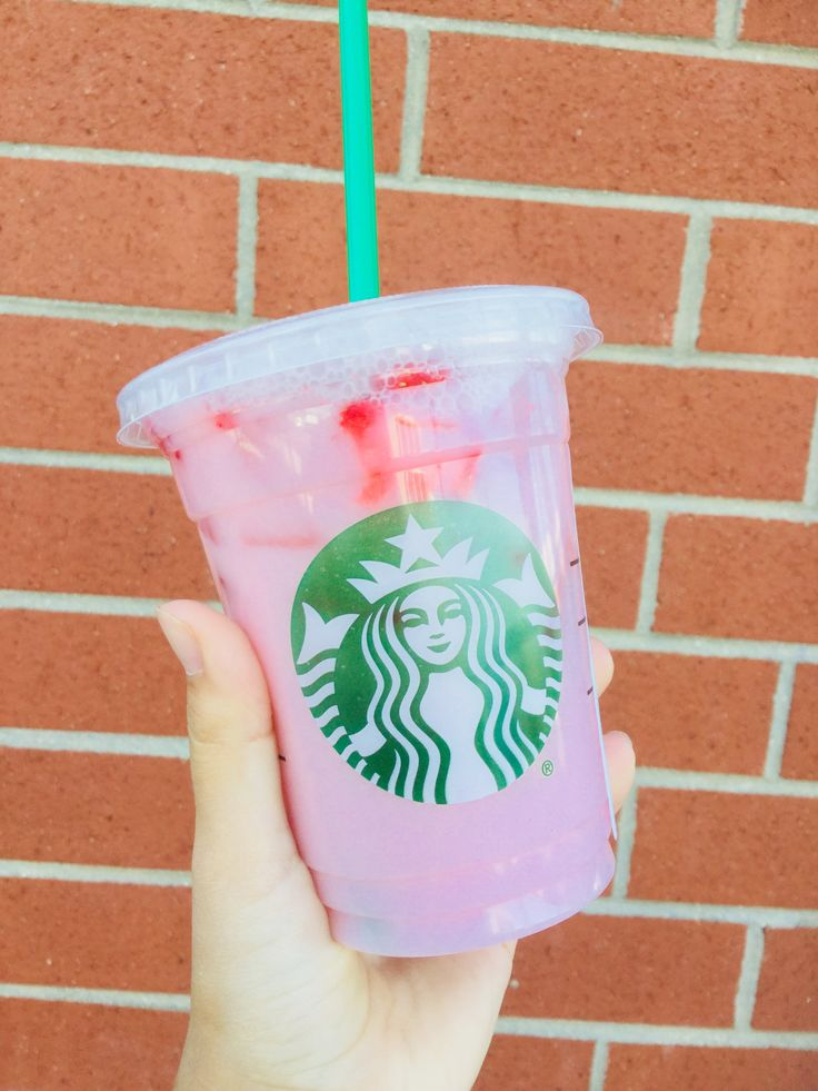 "The Starbucks Pink Drink is NOT IN THE SECRET MENU! I got it and all I said was ""can I have the tall Pink Drink"" and I got exactly this✨"