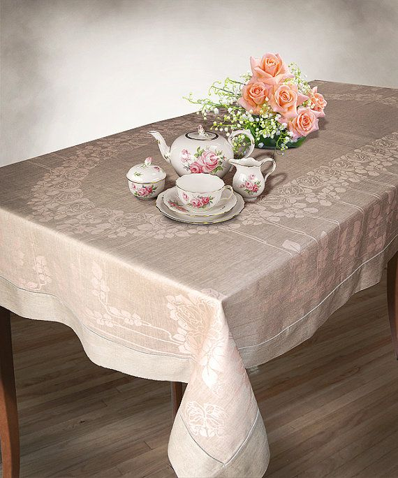 Large European Rectangular Oval Tablecloths with Roses Fine