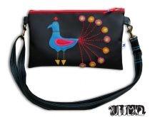 Peacock purse by http://www.breslo.hu/item/Pavas-kistaska-boritektaska-neszeszer-tarto-bf076-RENDELHETO_3750#