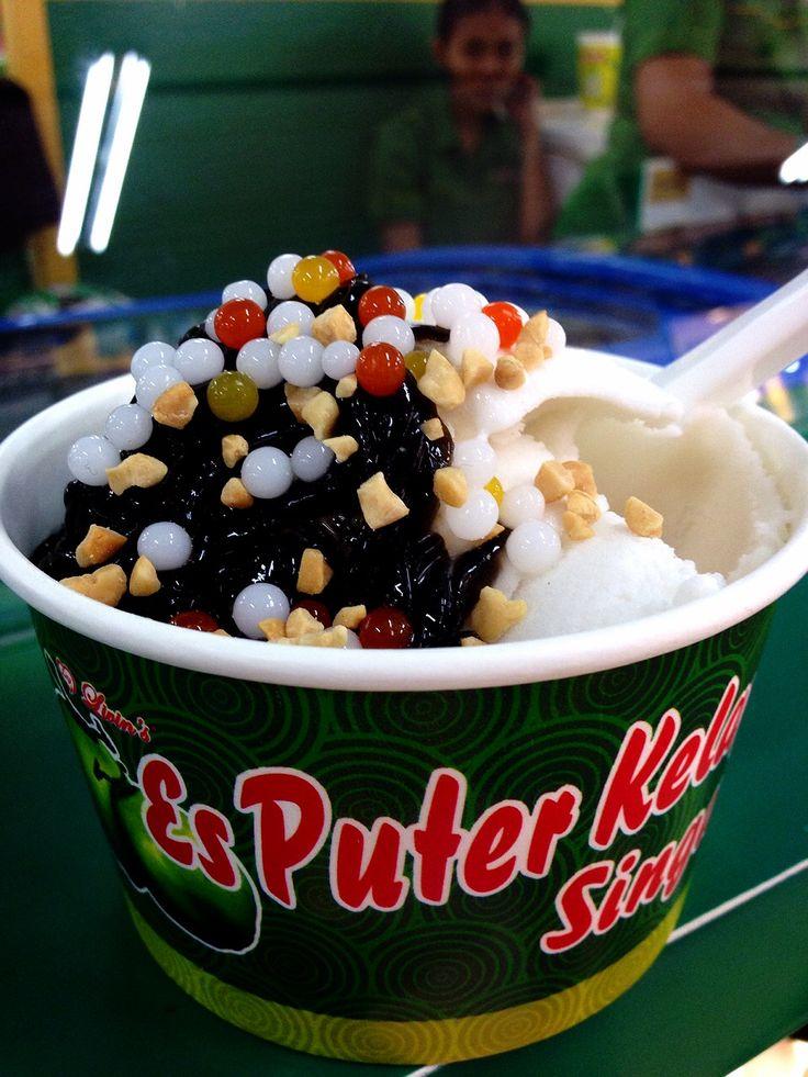 Es Puter Kelapa - Surabaya // Simple, but delicious.