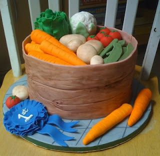 County Fair Cake Decorating Competition Entry | Darla's Cake Blog