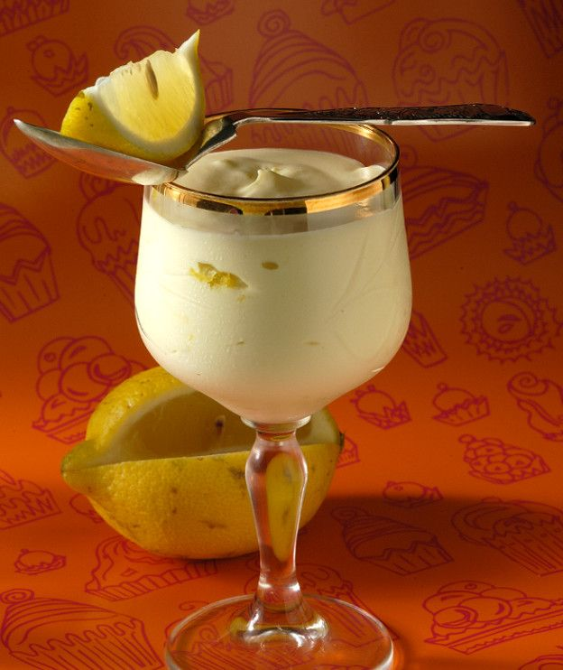 Μους λευκής σοκολάτας με λεμόνι