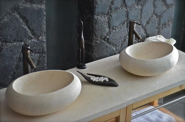 COCOON SUNNY: Vasque à poser design oblongue en marbre Égyptien